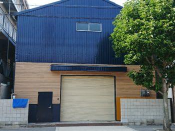 大阪市東淀川区 (株)A様 倉庫 外壁塗装・シャッター取替え工事